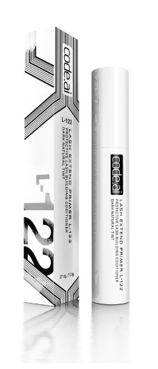 L-122 PROTECTIVE LASH CONDITIONER helps build eyelashes.